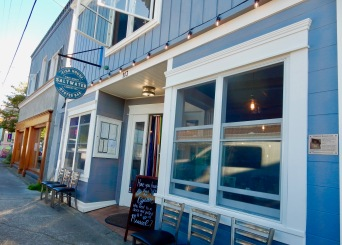 Saltwater fish house and oyster bar, Langley